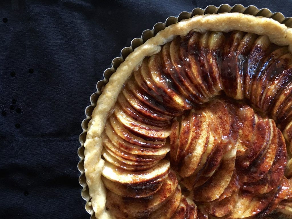 apple tart cover photo