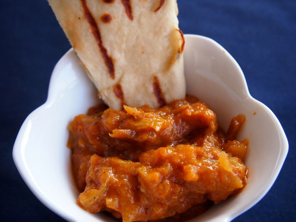 naan and spicy fruit chutney