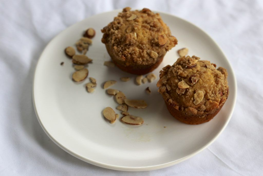 pumpkin honey crunch muffins