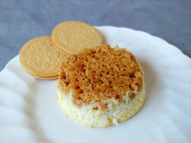 Lemon Oreo Cheesecakes
